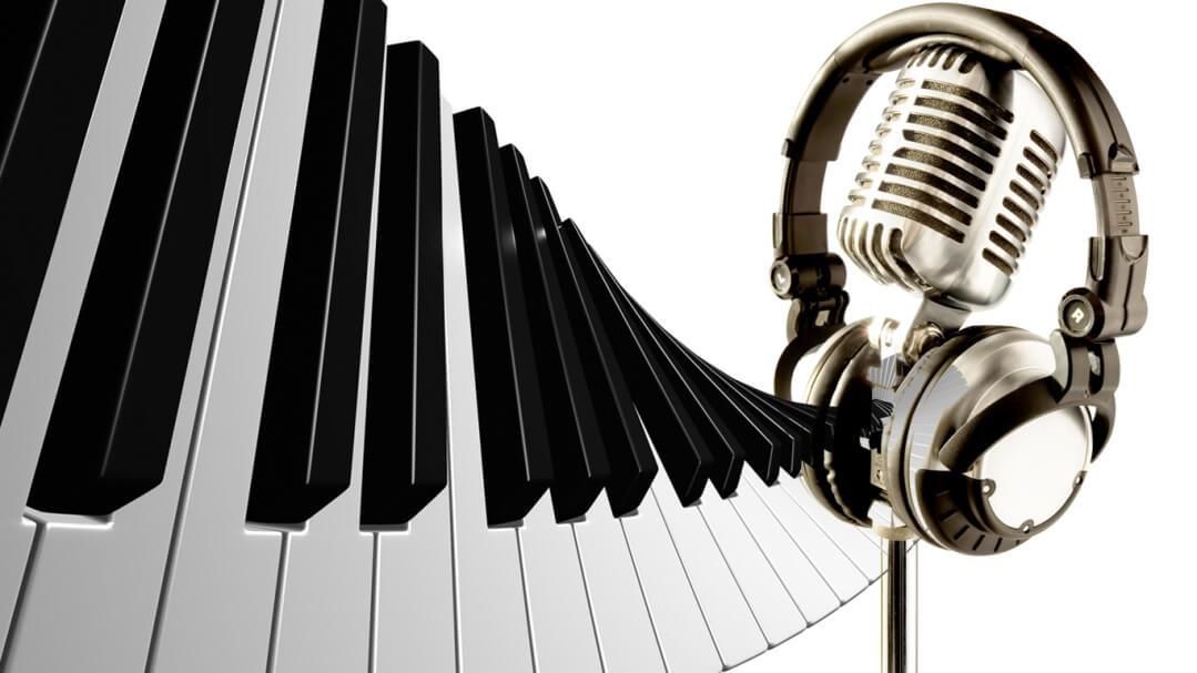 piano and headphones